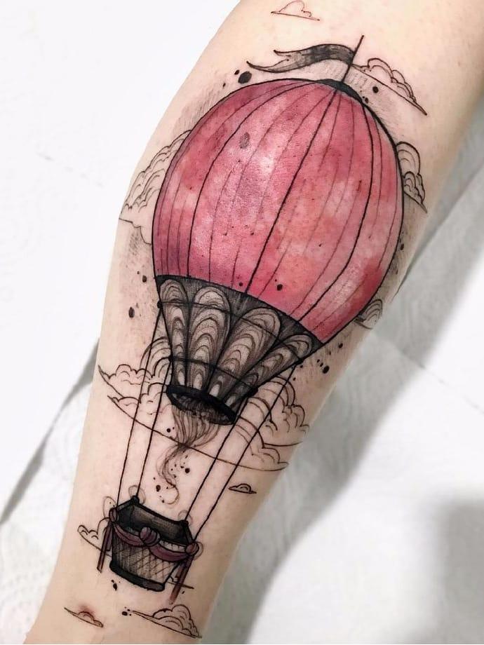 Felipe Mello #FelipeMello #balloon #balloontattoo #balao #brasil #brazil #brazlianartist #tatuadoresdobrasil #aquarela #watercolor #colorido #colorful #pontilhismo #dotwork #cloud #nuvem