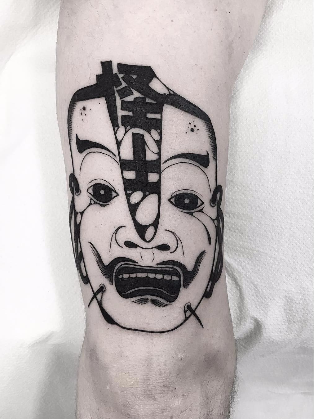 Por Oscar Hove #OscarHove #gringo #blackwork #oriental #rosto #face #mask #mascara #nohmask #noh #mascarajaponesa #japanesemask
