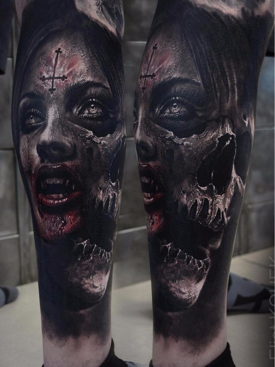 Por Eliot Kohek #EliotKohek #gringo #realismo #realism #pretoecinza #blackandgrey #skull #caveira #cranio #mulher #woman #vampire #vampira #sangue #blood #cruz #cross #dark #terror #horror