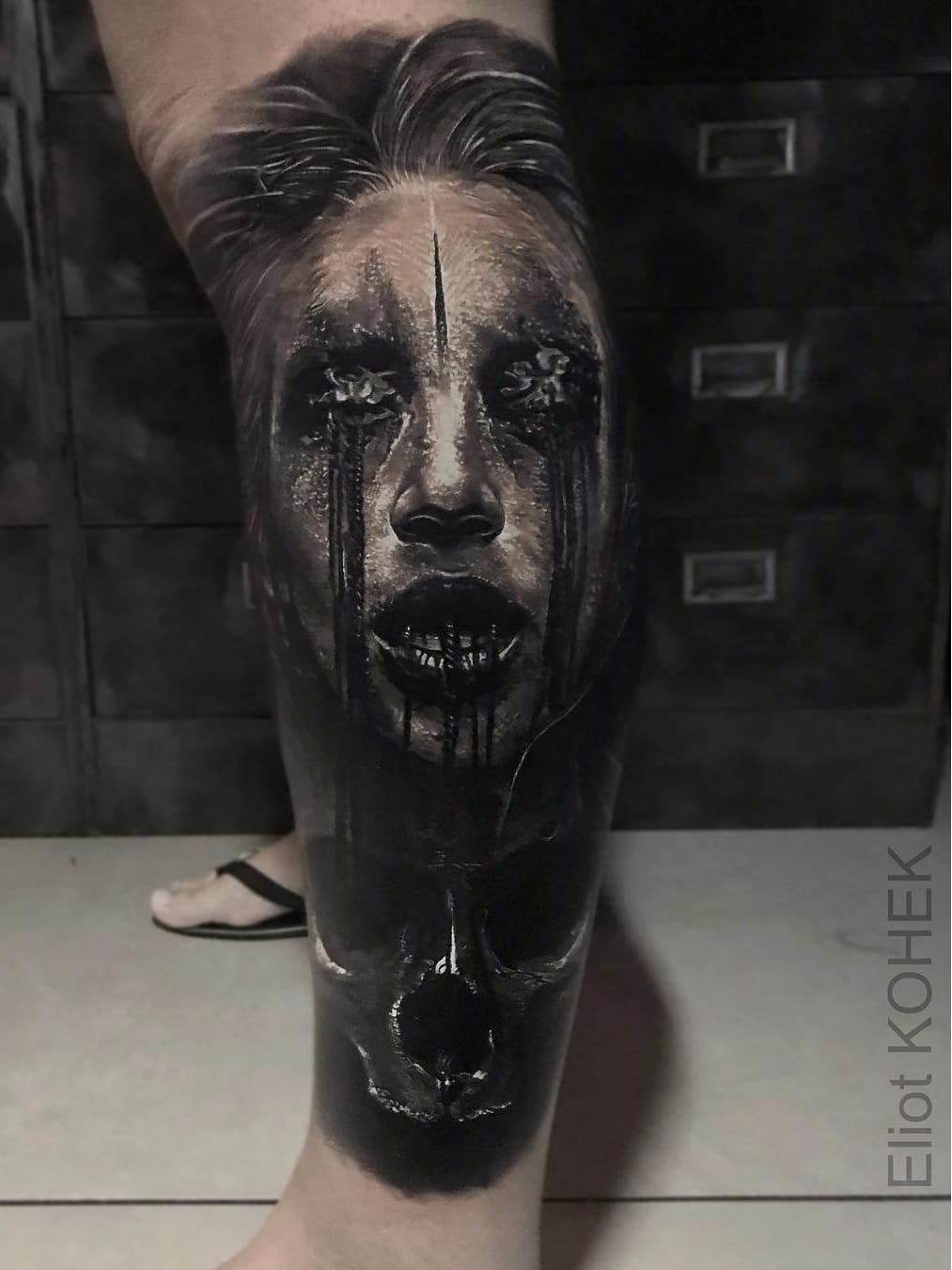 Por Eliot Kohek #EliotKohek #gringo #realismo #realism #pretoecinza #blackandgrey #skull #caveira #mulher #woman #dark #terror #horror #cranio