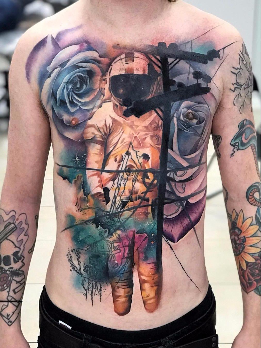 Por Freddie Albrighton #FreddieAlbrighton #gringo #colorido #colorful #realismo #realism #realismocolorido #astronaut #astronauta #poste #lightpole #watercolor #aquarela #flor #flower #rose #rosa #galaxy #galaxia