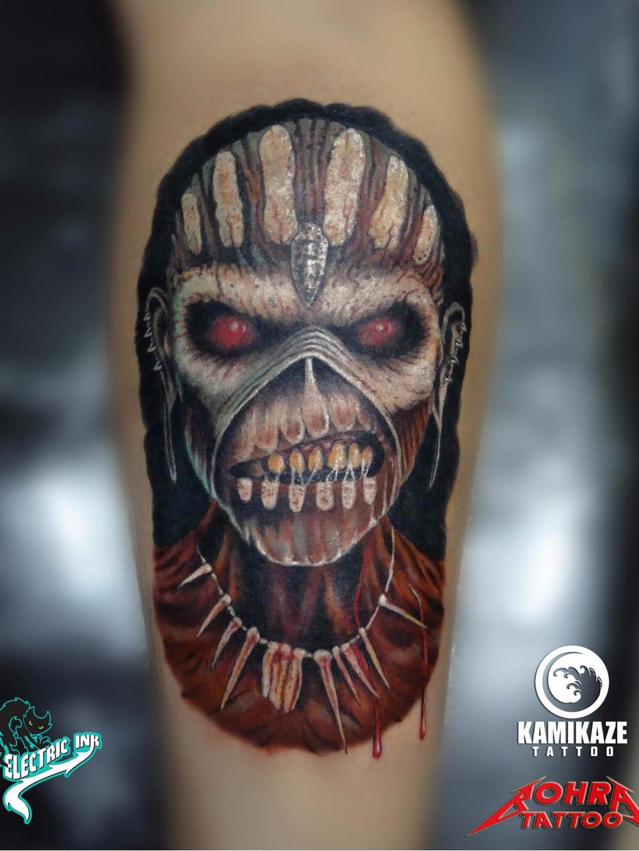 Eddie, mascote da banda Iron Maiden #JandersonBolzan #Bohra #brasil #brazil #brazilianartist #tatuadoresdobrasil #realismo #realism #musica #music #eddie #ironmaiden #zombie #zumbi #mascote #mascot #colorido #colorful