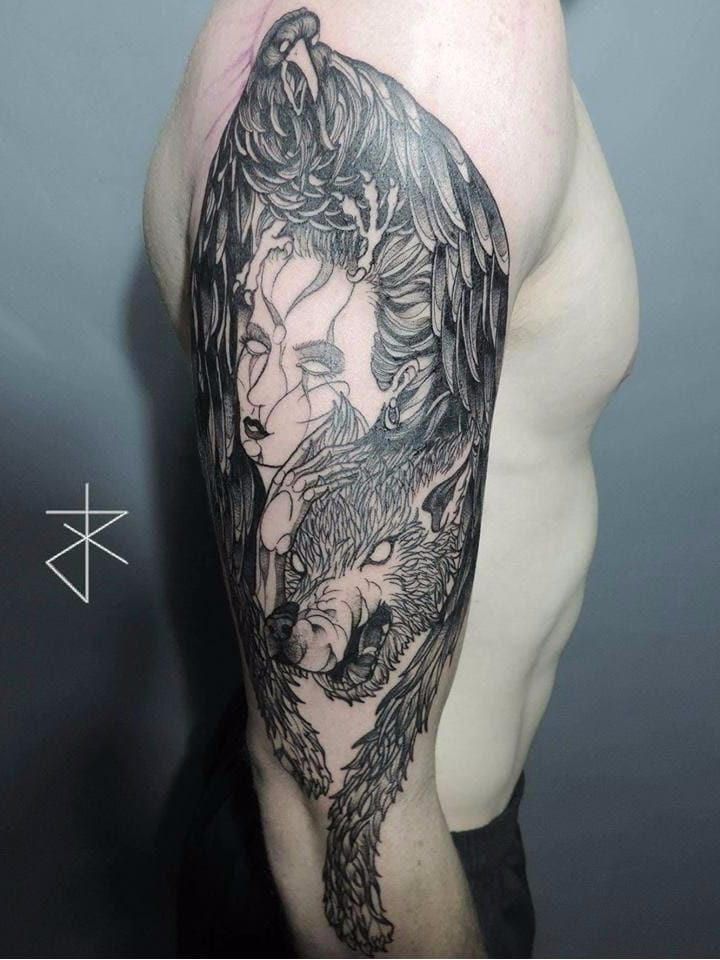 #JoaoCarvalho #JoaoRabiscado #brasil #brazil #brazilianartist #tatuadoresdobrasil #blackwork #sketchstyle #lobo #wolf #mulher #woman #corvo #raven #ave #passaro #bird
