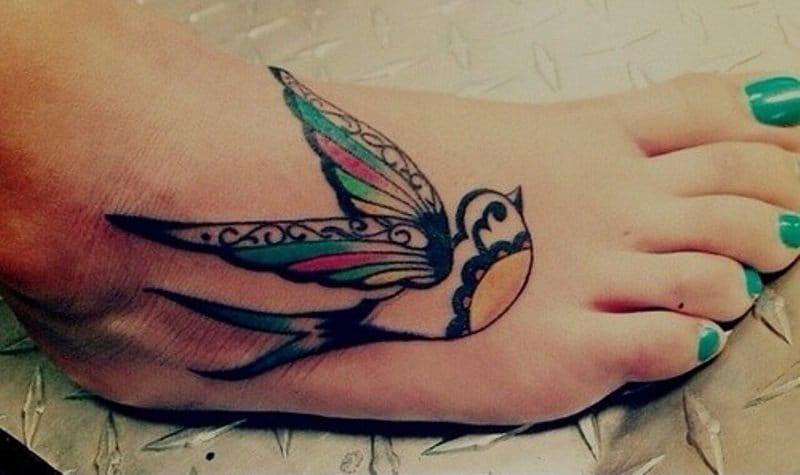 Cute swallow tattoo, artist unknown #swallow #swallows #bird #linework