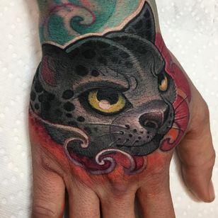 New School Tattoo by Logan Barracuda #LoganBarracuda #newschooltattoo #newschool #color #cat #kitty #cute #handtattoo