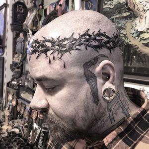 Tattoo by Freddy Corbin #FreddyCorbin #thorntattoos #thorntattoo #thorns #thorn #nature #plant #crownofthorns #blackandgrey #traditional #blood