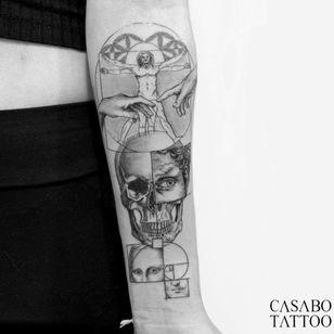 Sacred geometry tattoo by Ivan Casabo #IvanCasabo #geometrictattoos #geometric #sacredgeometry #sacredgeometrytattoo #pattern #line #linework #shapes #ornamental #dotwork #vitruvianman #davinci