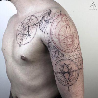 Sacred geometry by Ilayda Atlas #IlaydaAtlas #geometrictattoos #geometric #sacredgeometry #sacredgeometrytattoo #pattern #line #linework #shapes #ornamental #dotwork #fineline #symbol