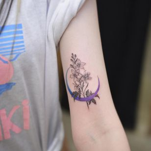 Birth month flower tattoo by Tattoo Grain #TattooGrain #larkspur #birthmonthflowertattoos #birthmonthflowers #flowertattoo #flowers #florals #petals #blooms #leaves #nature #plant #birthmonth