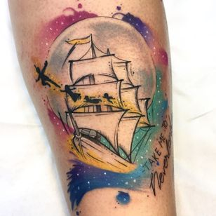 #LiviaDeBarcellos #Nyu #colorida #colorful #TatuadorasDoBrasil #peterpan #nerd #geek #livro #books #aquarela #watercolor #navio #ship