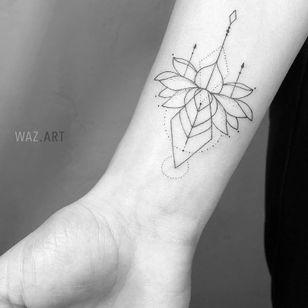 Floral tattoo by Waz Art #WazArt #floraltattoos #floral #flower #flowertattoos #plants #nature #petals #linework #minimal #dotwork #fineline #lotus #arm #forearm
