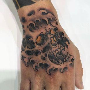 Skull wave tattoo by Justin Weatherholtz #JustinWeatherholtz #kingsAvenue #NewYork #Brooklyn #skull #handtattoo #tattooedtravels #tattooideas #tattooshop #tattoostudio #travel #tattoos