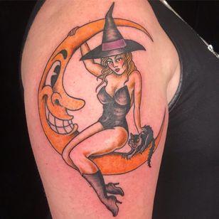 Moon and lady tattoo by Michelle Myles #MichelleMyles #Daredeviltattoo #NewYork #Brooklyn #moon #lady #cat #witch #tattooedtravels #tattooideas #tattooshop #tattoostudio #travel #tattoos