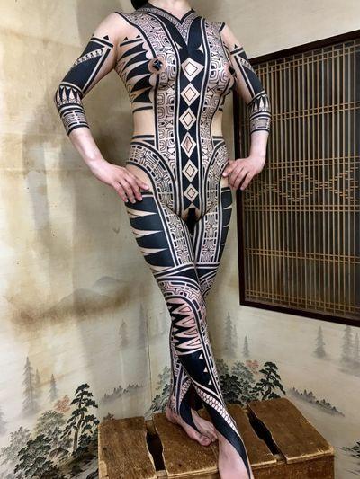 Bodysuit by Taku Oshima #TakuOshima #torsotattoos #torso #bigtattoo #bigtattoos #bodysuit #blackwork #tribal #neotribal #pattern #bodysuit #symbol #shapes #geometric