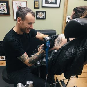 Nikko Barber tattooing #NikkoBarber #BerlinInkTattooing #BerlinInk #Berlin #BerlinGermany #tattoostudio #tattooshop #traditional