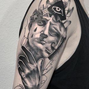 Illustrative realism tattoo by Andrew Steven #AndrewSteven #BerlinInkTattooing #BerlinInk #Berlin #BerlinGermany #tattoostudio #tattooshop #blackandgrey #realism #illustrative #eye #hand #sculpture