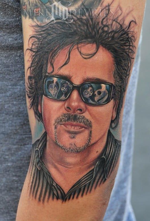 Portrait of Tim Burton with a cool reflection on his glasses by Mike DeVries.