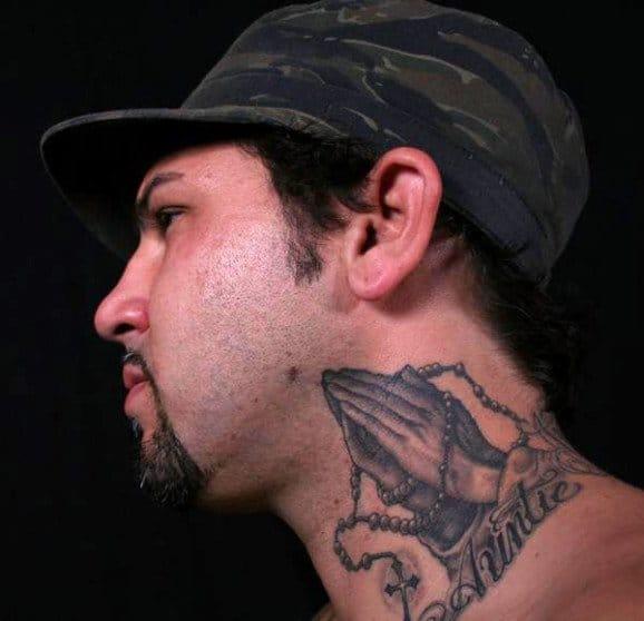 Great tattoo on artist Darren Brass by Tim Hendricks #prayinghandstattoo #prayinghands #darrenbrass #timhendricks