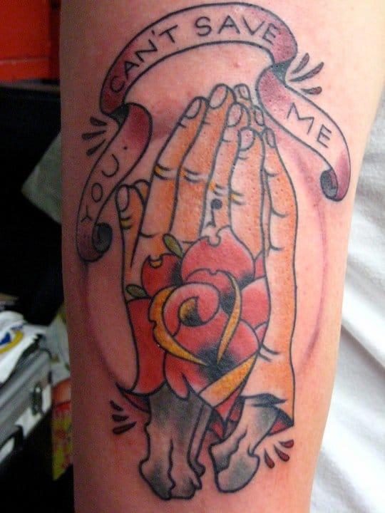 Broken hands by Last Sparrow Tattoo #prayinghandstattoo #prayinghands #lastsparrow