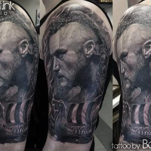 Close-up on Ragnar's portrait by Bastart.