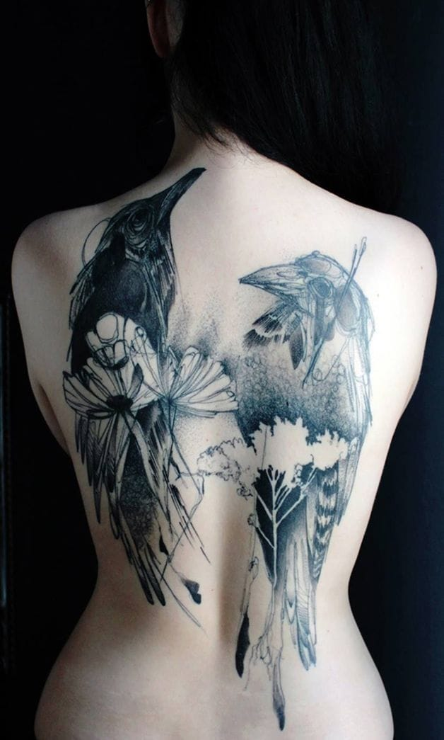 This back piece found on hypeness.com.br is a great example that even big tattoos can be soft and beautiful. #femininetattoo #femininetattoos