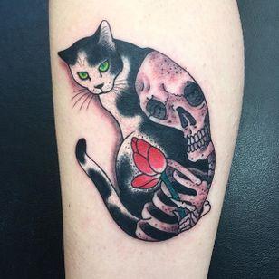 Skull Monmon Cat Tattoo by Horitomo