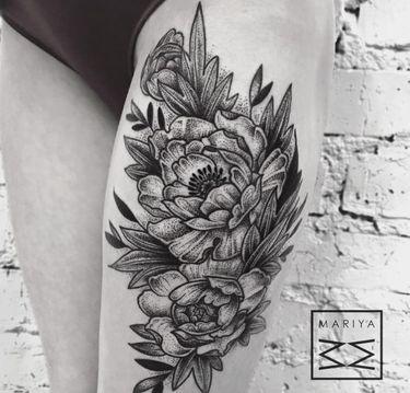 10 Gorgeous Black And Grey Peony Tattoos