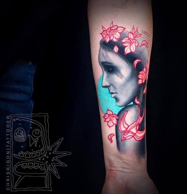 Unreal tattoo #ChrisRigoni #swallow #woman #watercolor #abstract