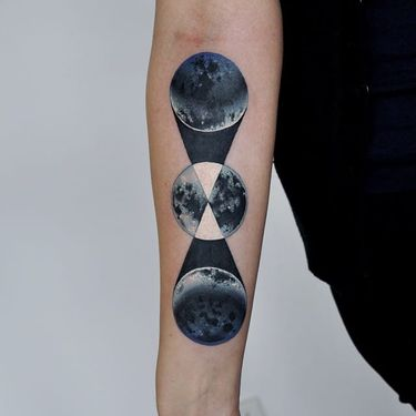 21 Science-Inspired Tattoos That Are Literally Out-Of-This-World