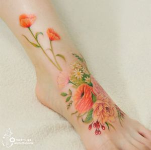 Flowers on the foot by Silo. Photo: Instagram.
