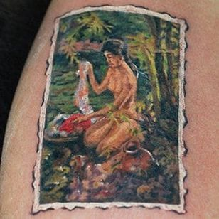 Check out this rad painting slightly bigger than a coin!!! Tattoo by Bong Chan (Philippines). Original painting by Filipino painter, Fernando Amorsolo.