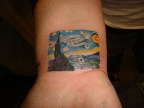 Look at this amaaazing rendition of Starry, starry night on skin! Vincent van Gogh would be proud! Artist: Anil Gupta