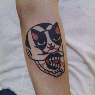 Cat Tattoo by Woo Tattooer #cat #catskull #skull #mouth #cattattoo #WooTattooer