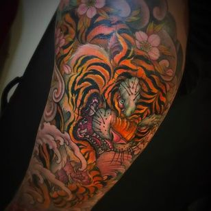 Magnificent tiger tattoo by Chris Crooks. #chriscrooks #tiger #japanesestyle #japanese #animal
