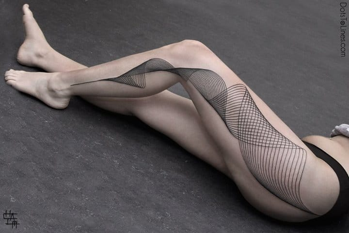 The optical illusion is stunning. By Chaïm Machlev #opticalillusion #spirals #spiral #linework #blackwork #blckwrk #ChaïmMachlev
