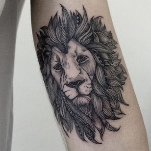 Leo by Sasha Tattooing. #sashatattooing #leo #leotattoo #zodiac #zodiactattoo