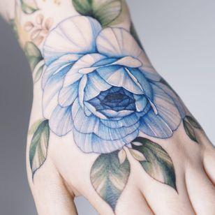 #꽃타투 #손등타투 #장미타투 #타투 #flowertattoo #floraltattoo #rosetattoo #handtattoo #tattoo #koreatattoo #타투이스트실로