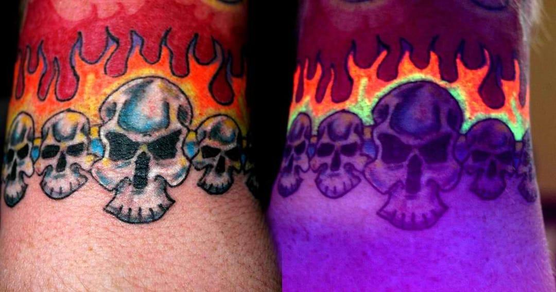 Tatuaje de tinta UV