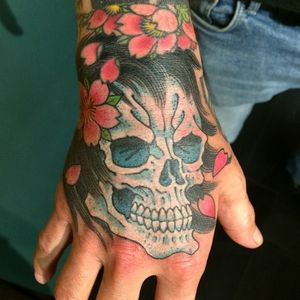 Fun one! Thanks Axel… #traditional #skull #hand #tattoo #chrisgarver #invisiblenyc