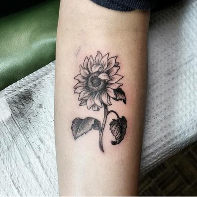 Sunflower by Myles #sunflower #flower #blackandgrey