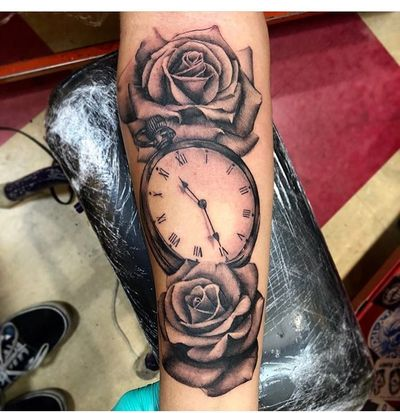 #roses and #watch #blackandgray