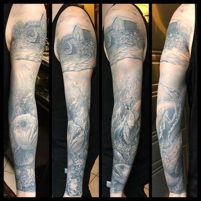 #steinbit #wolffish #sleeve #blackandgrey #realism #healedtattoo #fish #norway #seacreature #sealife #skull #benjaminmoss