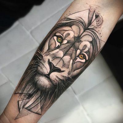 Follow me!!! #tattooartist #tattoolatino #tattoo #lion