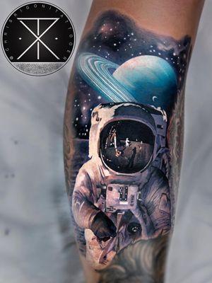 Tattoo by Chris Rigoni #ChrisRigoni #realism #realistic #hyperrealism #blackandgrey #color #abstract #shapes #mashup #astronaut #moon #moonlanding #spacesuit #solarsystem #galaxy #stars #planet #Saturn