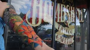 An Alberta wild forest themed sleeve I did in Edmonton. #tattoo #tattoos #ink #inked #tattooidea #tattooideas #amazingtattoos #realismtattoo #femininetattoos #tattoodesign #besttattoos #amazingtattoo #superbtattoos #fusionink #tattoodo #tattoodooapp #lizvenom #floraltattoo #rosetattoo #tattoorose #edmontontattoo #edmontonink #skinartmag #scotlandtattoo #tattoooftheday #coloursleeve #colourtattoo #colortattoo #sleevetattoo #sleeve #girlswithsleeves