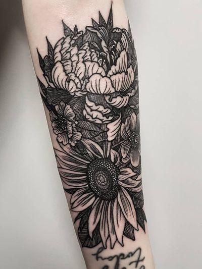 Instagram: @olga_tattoos E-mail: Olgamdtattoos@gmail.com #scars#scarcoverup#coverup#etching#etchedtattoos#sunflower#peony#flowertattoos #london#londontattoos#shoreditch#customdesign#customtattoos#bw#blackink#blscktattoos#tattoo#tattoos#tattooed#tattooers#blackwork#blackink#blackworkers#blackworkers_tattoo#ttt#tttism#ldnttt#london#ink#londontattoos#uktattooers#blacktattoos#blackandgrey#blackandgreytattoos#realistictattoo#art#blackandgreytattoos#posTTT#loveiTTT