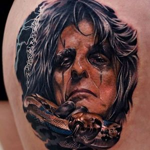 Alice Cooper tattoo by Khan #khantattoo #metaltattoos #realism #realistic #hyperrealism #color #portrait #AliceCooper #music #snake #reptile #metal #rockandroll #musician #famous