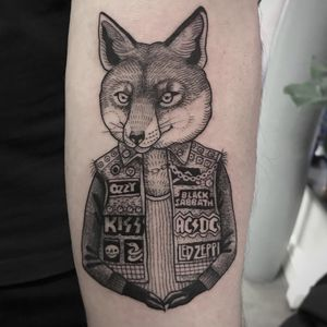 Metal lovin' fox. Tattoo by Susanne Suflanda König #SusanneKonig #Suflanda #metaltattoos #blackandgrey #linework #illustrative #fox #animal #metal #ozzy #kiss #acdc #blacksabbath #ledZeppelin #musictattoo
