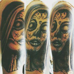 #nonne #beten #arm #schatten #lacatrina #gesicht #tattoo #tattoos #tattooedgirl #tattooartist#followme #hellotattoomed #suprasorb #bullet#blackgrey #cheyenehawk#eternal#beautifulink #elitecartridge #follow #followforfollow#artist #rose#schmerz #dreamtattoo #mindblowing #beautiful#beautifulink #blackgrey #artist#dreamtattoo #mone1971