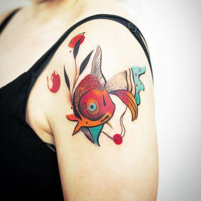 Abstract fishism. Tattoo by KaTusza Kwiatkowska #KaTuszaKwiatkowska #fishtattoos #color #abstract #illustrative #painterly #cubist #fish #leaves #nature #pattern #animal #linework #shapes #circle